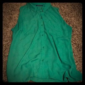 Short sleeve green colored blouse